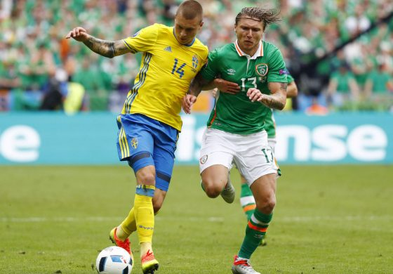 Report: United aims to acquire Lindelof for less than €45M release clause