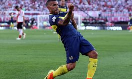 Report: Carlos Tevez offered world-record wage by Shanghai Shenhua