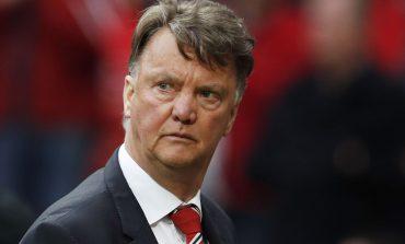 Van Gaal backtracks on retirement; future 'depends on offers'