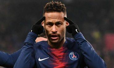 Neymar returns to PSG's training